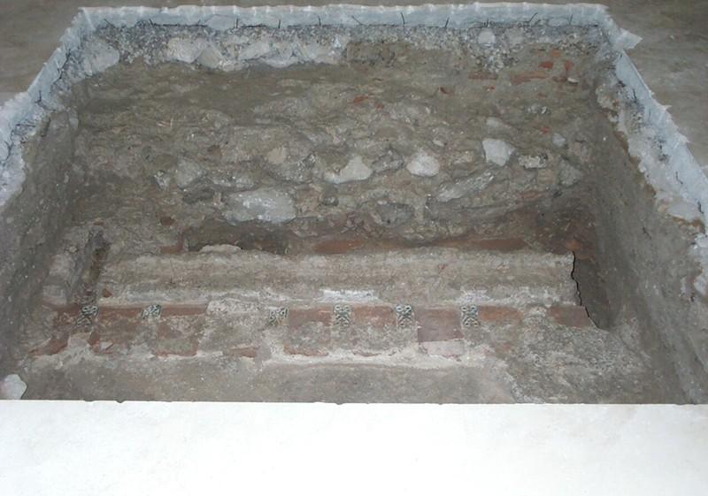 ArqueologiaAbside.jpg