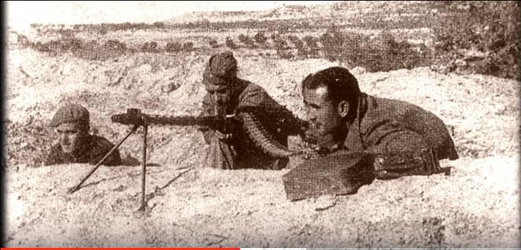 Requetés y legionarios en el Cerro de los Ángeles