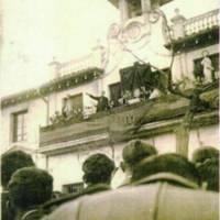 MisaBalconAyuntamiento.jpg